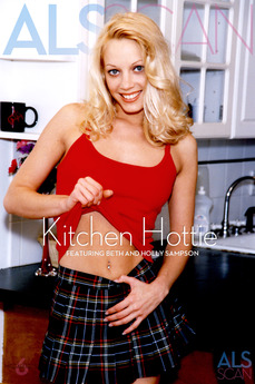 Kitchen Hottie