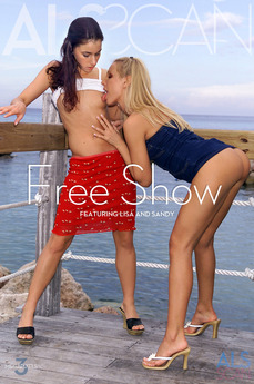 Free Show
