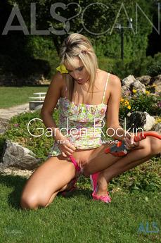 Garden Rockin'