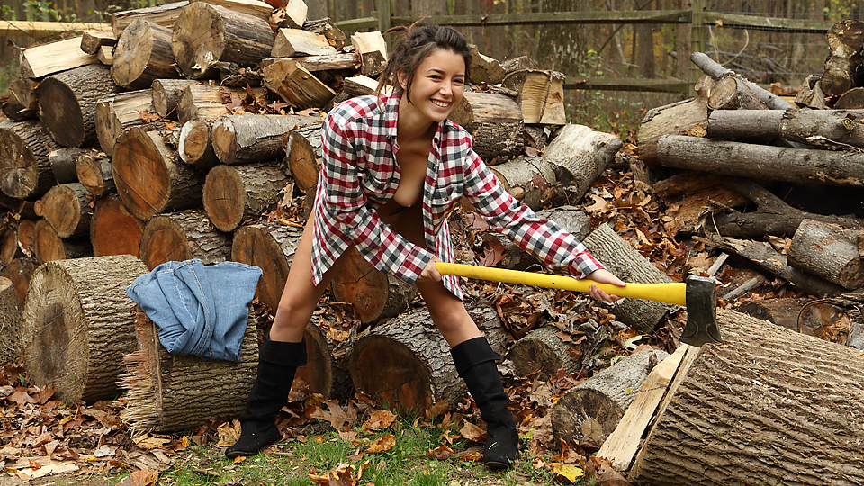 Daisy Haze - Lumberjill