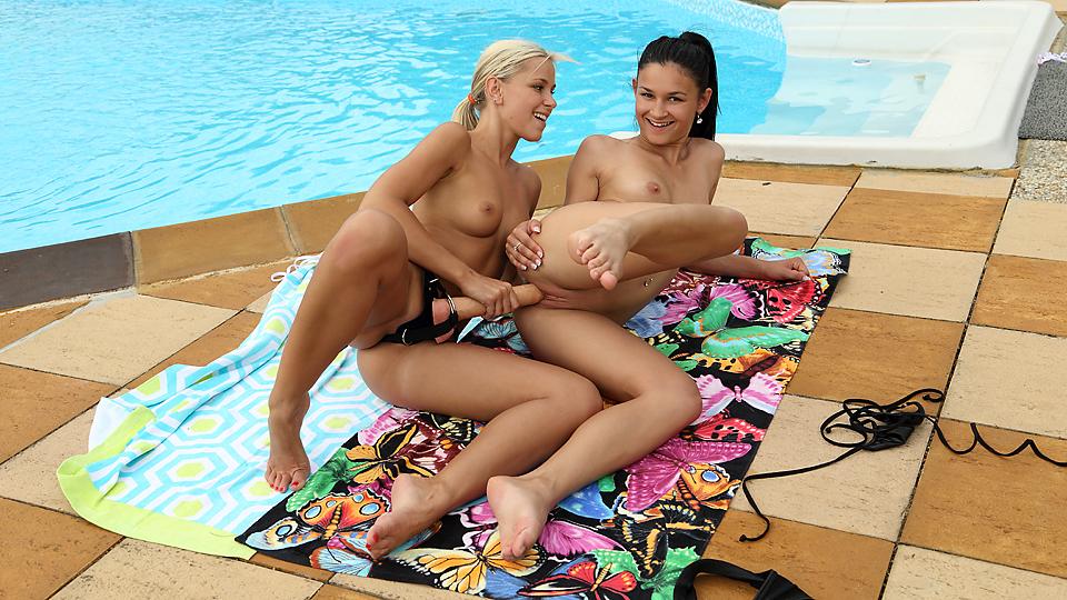 Kiera and Lola - Lesbian Forte