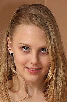 Lily Rader