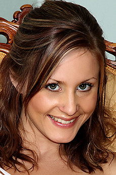 Nadia Taylor