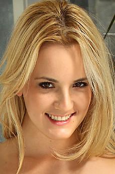 Sara Jaymes