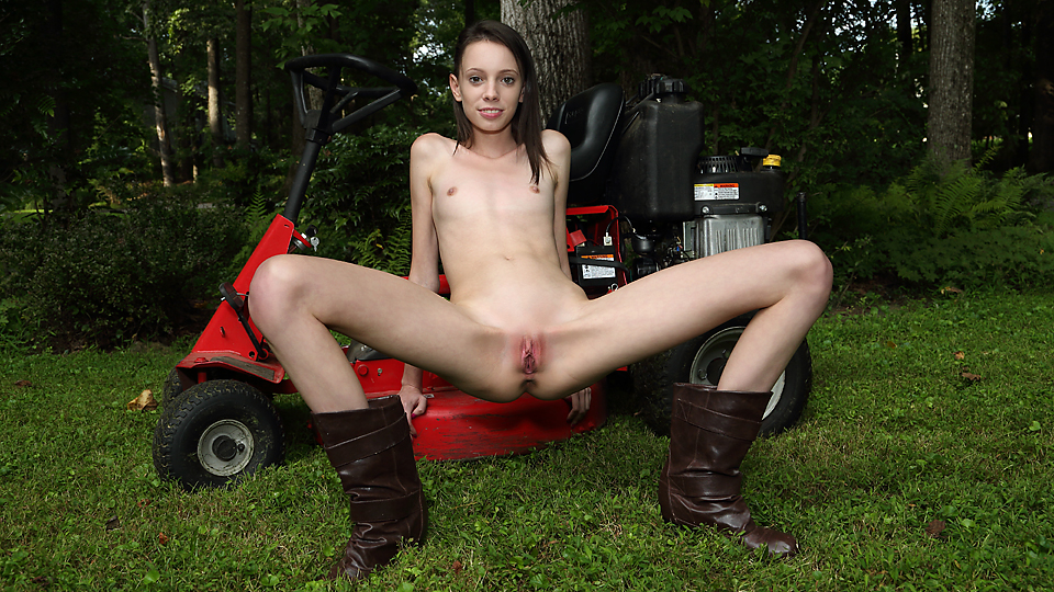 Aria Haze - Farm Girl
